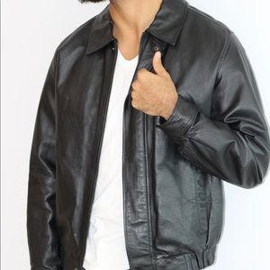 Men's Leather Jacket - Medium